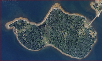 Oak Island looks like an elephant,  WHITE elephant sometimes.