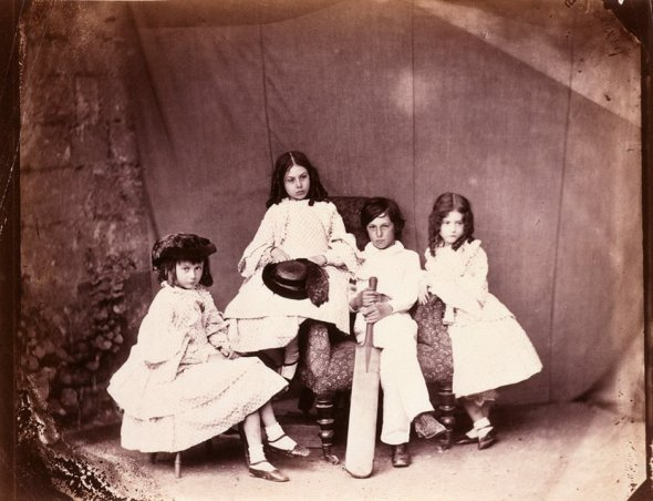 Alice-Ina-Harry-and-Edith-001
